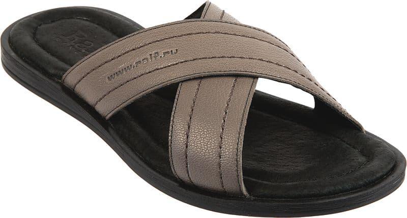 Сандалии Ralf RingerСандалии<br>Шлепанцы — едва ли не самая лучшая обувь для пляжа. Серые сандалии, название которых напоминает о теплом итальянском острове — CAPRI — именно та, что пригодится на берегу моря, реки, озера. Высокое качество, невесомость на ноге, кожаный верх и неубиваемая подошва способны превратить обыкновенные сандалии линии Weekend в самые любимые на многие годы.<br><br>Наименование: Ralf Ringer Weekend 512001СС Весна-Лето 2017<br>Цвет: Серый<br>Размер RU: 44<br>vendorCode: None<br>Пол: Мужской<br>Возраст: Взрослый<br>Сезон: Лето<br>Материал верха: Натуральная кожа<br>Материал подкладки: Натуральная кожа<br>Материал подошвы: ПУ