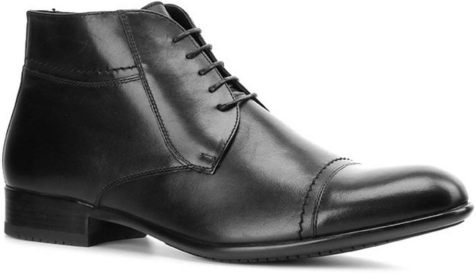 Ботинки Ralf RingerБотинки<br>Практичные мужские ботинки дополнят Ваш деловой и повседневный образ. Модель лаконичного дизайна из натуральной кожи черного цвета дополнена функциональной шнуровкой. Подкладка и стелька из натурального меха обеспечат комфортную носку и сохранят тепло ног в холодную погоду. Отличный демисезонный вариант.<br><br>Наименование: Ralf Ringer Business 553302ЧН Осень-Зима 2016-17<br>Цвет: Черный<br>Размер RU: 40<br>vendorCode: None<br>Пол: Мужской<br>Возраст: Взрослый<br>Сезон: Зима<br>Материал верха: Натуральная кожа<br>Материал подкладки: Мех натуральный<br>Материал подошвы: Резина