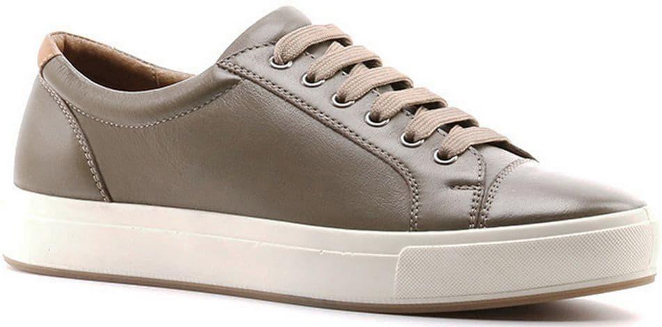 Кеды Ralf RingerКеды<br>Кожаные кеды из линии Weekend – подходящее решение для тех, кто ищет по-настоящему комфортную обувь. Белая широкая подошва отлично контрастирует с основным цветом пары. Модель оснащена удобной шнуровкой, с помощью которой ее легко снимать и надевать. Благодаря интересному и стильному дизайну кроссовки отлично впишутся в гардероб каждой модницы.<br><br>Наименование: Ralf Ringer Weekend 991110ОЛР Осень-Зима 2016-17<br>Цвет: Оливковый<br>Размер RU: 41<br>vendorCode: None<br>Пол: Женский<br>Возраст: Взрослый<br>Сезон: Деми<br>Материал верха: Натуральная кожа<br>Материал подкладки: Натуральная кожа<br>Материал подошвы: ПУ+ТПУ