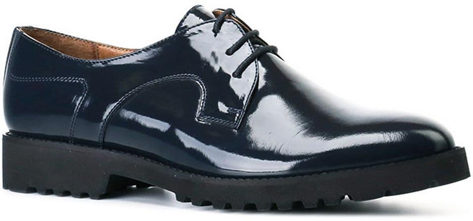 Полуботинки Ralf RingerПолуботинки<br>Женские полуботинки из качественной кожи выполнены в оригинальном приглушенном синем цвете и дополнены шнуровкой чёрного цвета. Небольшой устойчивый каблук и легкая подошва обеспечивают удобство и комфорт даже при длительном нахождении в обуви. Этому же способствуют кожаная подкладка и стелька.<br><br>Наименование: Ralf Ringer Modern 959101ТС Осень-Зима 2016-17<br>Цвет: Темно-синий<br>Размер RU: 41<br>vendorCode: None<br>Пол: Женский<br>Возраст: Взрослый<br>Сезон: Деми<br>Материал верха: Лаковая кожа<br>Материал подкладки: Текстиль<br>Материал подошвы: ПУ