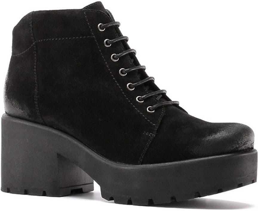 Ботильоны Ralf RingerБотильоны<br>Для любительниц экстравагантных решений мы предлагаем ботинки DECA. Натуральная кожа выглядит презентабельно и элегантно. Закругленный аккуратный мыс и массивный каблук позволяют использовать ботинки при создании разных образов. Они будут отлично смотреться с классической офисной юбкой или с зауженными джинсами.<br><br>Наименование: Ralf Ringer Modern 893207ЧВР Осень-Зима 2016-17<br>Цвет: Черный<br>Размер RU: 39<br>vendorCode: None<br>Пол: Женский<br>Возраст: Взрослый<br>Сезон: Деми<br>Материал верха: Спилок<br>Материал подкладки: Текстиль<br>Материал подошвы: ПУ
