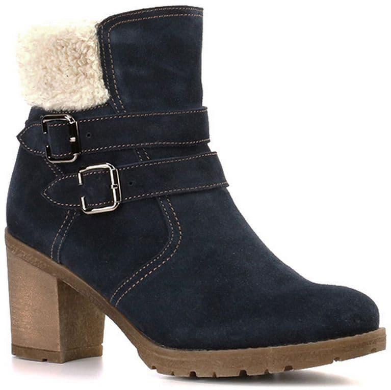 Ботильоны Ralf RingerБотильоны<br>Эта модель совмещает в себе стиль и комфорт. Насыщенный тёмно-синий цвет, утонченный мысок, подошва контрастного бежевого цвета, устойчивый каблук. И это далеко не все, чем может порадовать Вас данная модель. Благодаря натуральному меху ноги будут надежно защищены от холода даже самой суровой зимой.<br><br>Наименование: Ralf Ringer Modern 958207ТСМ Осень-Зима 2016-17<br>Цвет: Темно-синий<br>Размер RU: 36<br>vendorCode: None<br>Пол: Женский<br>Возраст: Взрослый<br>Сезон: Зима<br>Материал верха: Спилок<br>Материал подкладки: Мех натуральный<br>Материал подошвы: ТЭП