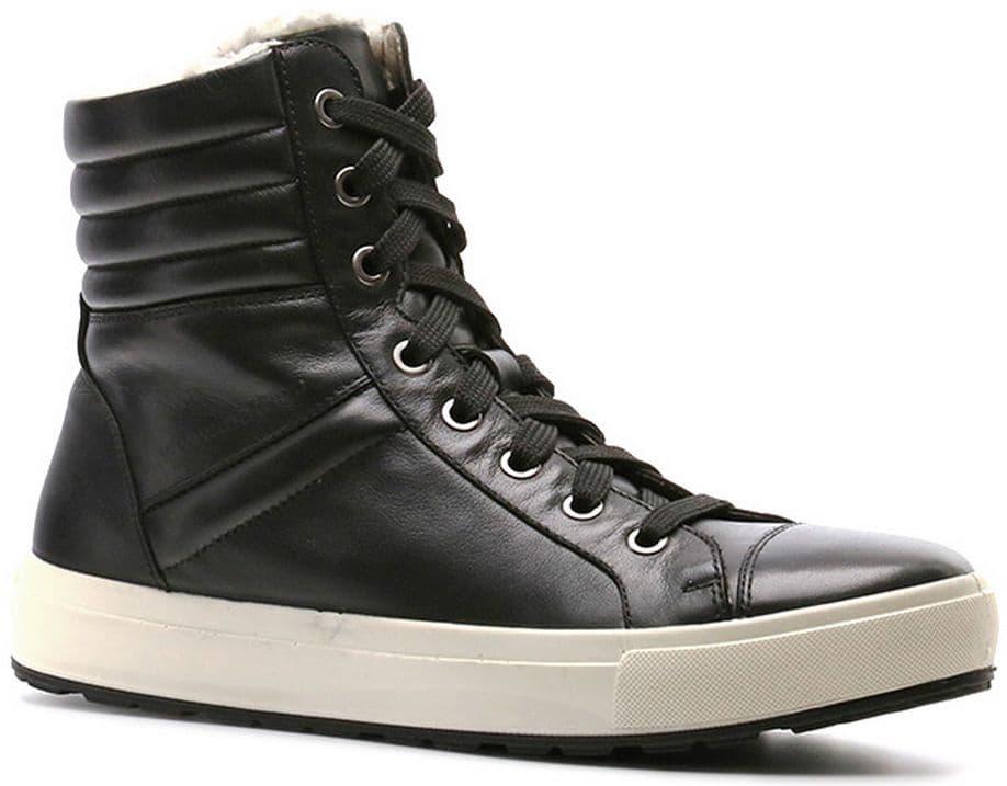 Кеды Ralf RingerКеды<br>Ботинки на сплошной толстой подошве – практичное решение для зимних холодов. Данная модель предназначена для повседневной носки и активного отдыха. Натуральная кожа черного цвета и меховая подкладка надежно защитят Ваши ноги от холода.<br><br>Наименование: Ralf Ringer Weekend 991202ЧЛЧ Осень-Зима 2016-17<br>Цвет: Черный<br>Размер RU: 38<br>vendorCode: None<br>Пол: Женский<br>Возраст: Взрослый<br>Сезон: Зима<br>Материал верха: Натуральная кожа<br>Материал подкладки: Мех (шерсть)<br>Материал подошвы: ПУ+ТПУ