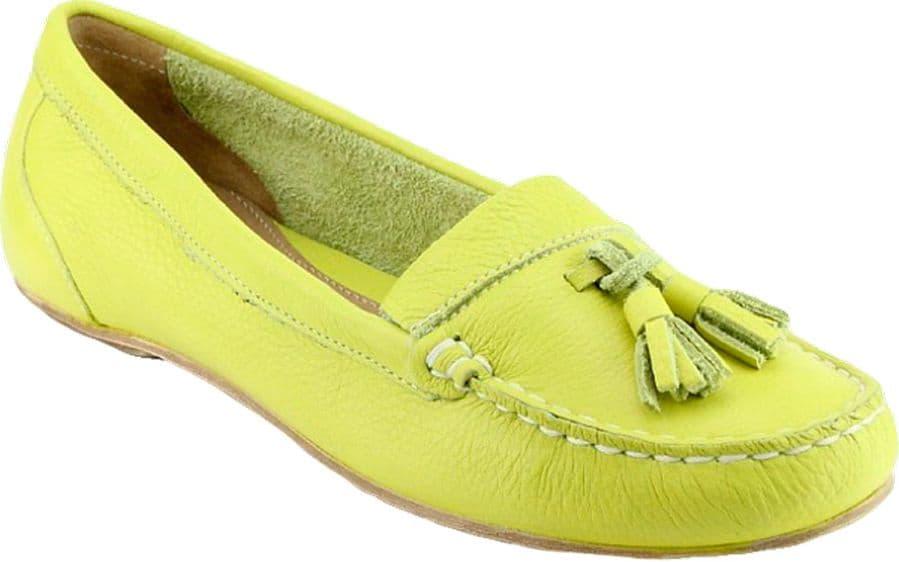 Ralf Ringer Weekend 988102ЛМ Весна-Лето 2015Мокасины<br>Обувь в необычных ярких цветах – это отличное дополнение к летнему образу. Мокасины, выполненные в живом, салатово-лимонном цвете, станут стильным акцентом модного ансамбля на все случаи жизни. Как и другая обувь RALF RINGER, данная модель изготовлена из невероятно прочной и приятной для тела натуральной кожи. Эргономичная кожаная стелька и плоская подошва делают мокасины очень удобными в носке.<br><br>Цвет: Желтый<br>Размер RU: 40<br>vendorCode: None<br>Пол: Женский<br>Возраст: Взрослый<br>Сезон: Лето<br>Материал верха: Кожа<br>Материал подкладки: Без подкладки<br>Материал подошвы: ТПУ