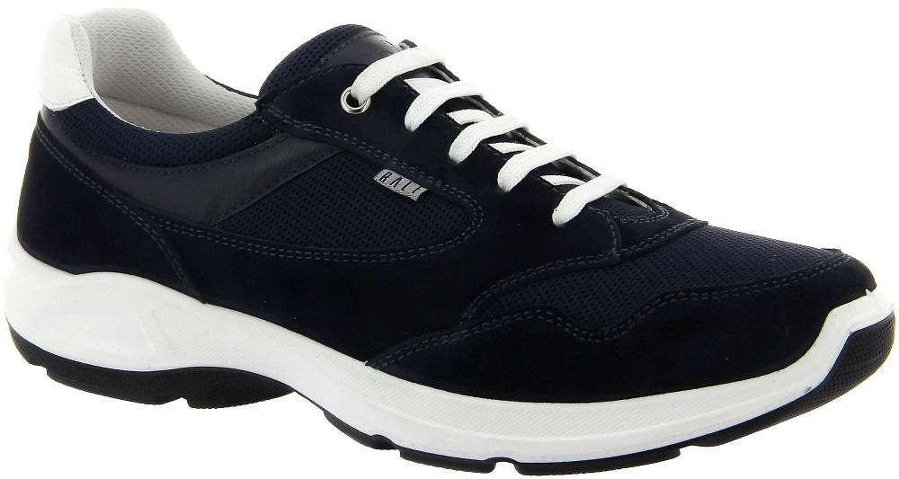 Кроссовки Ralf RingerКроссовки<br>Модель кроссовок Ringo — воплощение технологии Shok Absorber в обувь для ежедневной носки. Имеют запоминающийся внешний вид из-за игры на контрасте белого цвета с тонами синего. Комфортны, отлично сочетаются с гардеробом casual. Ориентированные на демисезонное применение они хорошо держат тепло даже при небольшом минусе за бортом. Их эксплуатационные свойства и стиль оценят любители линии Weekend.<br><br>Наименование: Ralf Ringer Weekend 547106СН Весна-Лето 2018<br>Цвет: Синий<br>Размер RU: 46<br>vendorCode: None<br>Пол: Мужской<br>Возраст: Взрослый<br>Сезон: Лето<br>Материал верха: Текстиль<br>Материал подкладки: Текстиль<br>Материал подошвы: ПУ+ТПУ